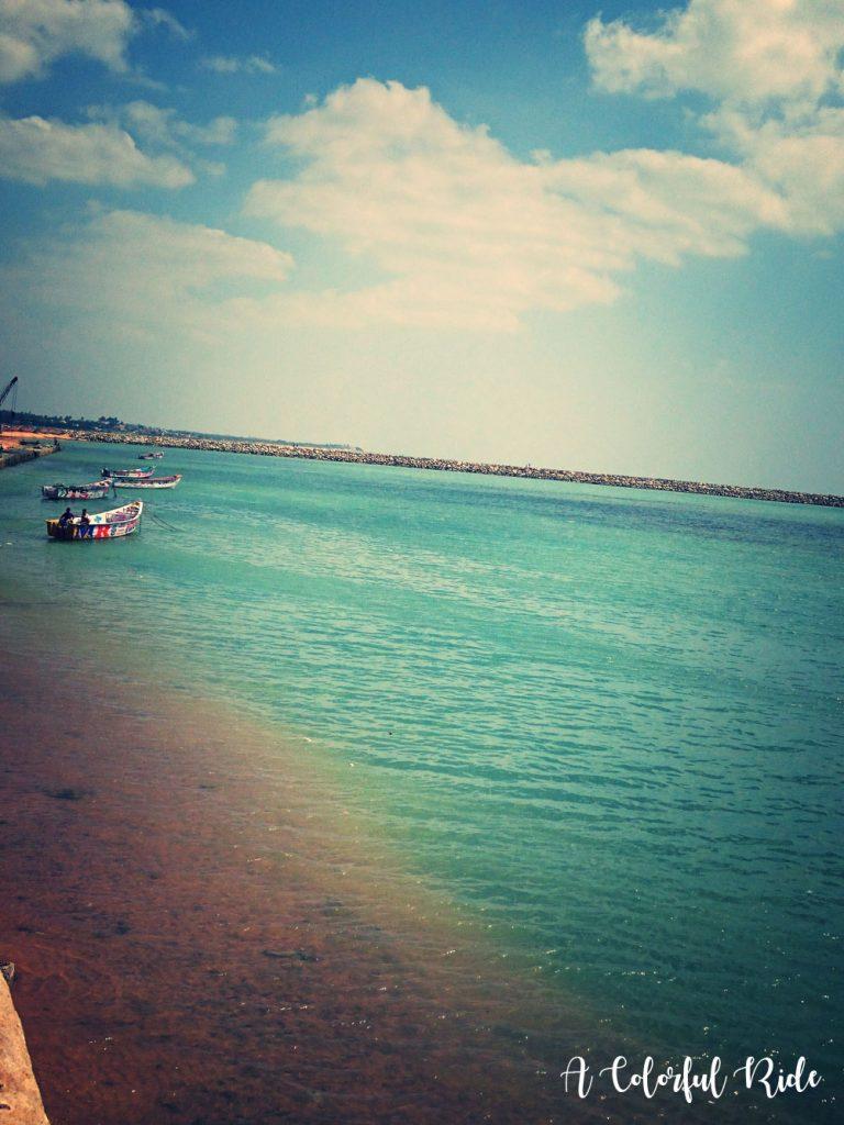 uvari beach images