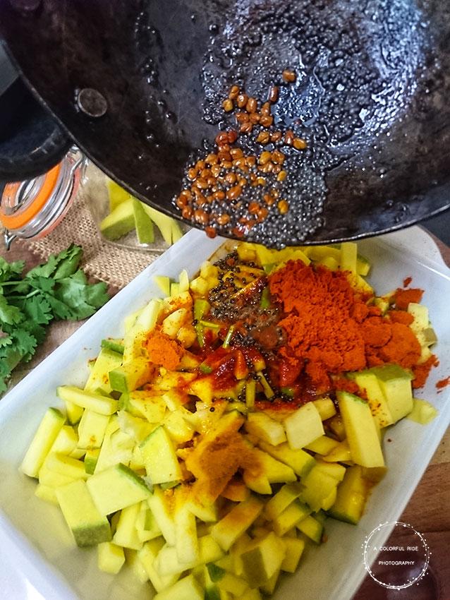 how to make mango pickle