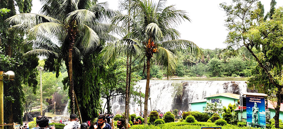 thirparappu falls distance from nagercoil