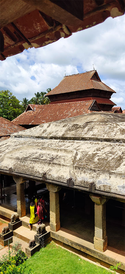how to go to padmanabhapuram palace from trivandrum