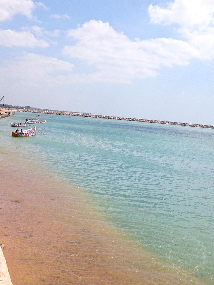 uvari beach