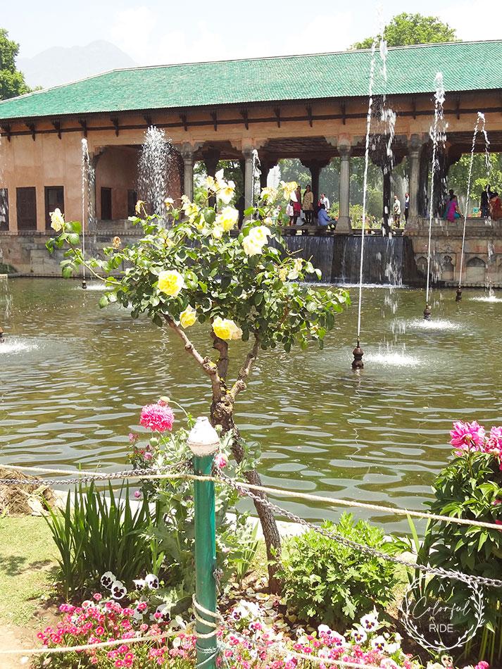 mughal garden Kashmir