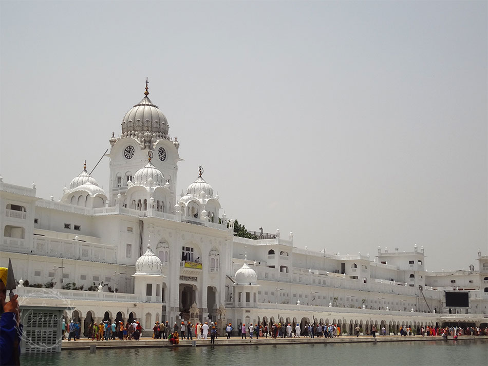 chandigarh amritsar tour package golden temple timings